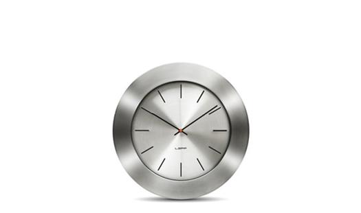 LEFF - Bold35 Clock Aluminium by Wiebe Teertstra